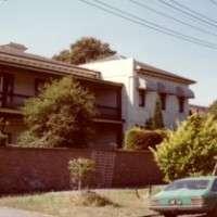 https://www.loreto.org.au/wp-content/uploads/2018/11/82-St.-Vincent-Place-Albert-Park.jpg