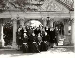 Tributes to Loreto Nuns
