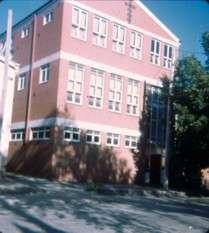https://www.loreto.org.au/wp-content/uploads/2018/11/Dawson-Street-Commercial-College.jpg