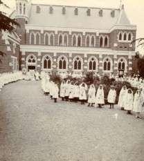 https://www.loreto.org.au/wp-content/uploads/2018/11/Loreto-Chapel-Ballarat.jpg