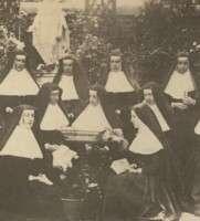 https://www.loreto.org.au/wp-content/uploads/2018/11/Loreto-Sisters.jpg