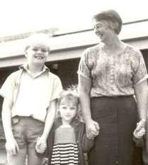 https://www.loreto.org.au/wp-content/uploads/2018/11/Sacred-Heart-Parish-School-Thornlie.jpg