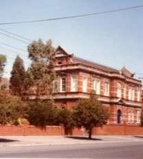 https://www.loreto.org.au/wp-content/uploads/2018/11/Saints-Peter-Pauls-Parish-School-South-Melbourne.jpg